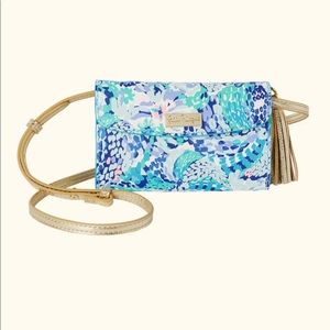 Lilly Pulitzer Mallorca crossbody wave after wave